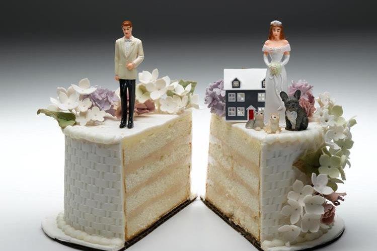 Cada vez más empresas se dedican a organizar fiestas de divorcio. (Foto Prensa Libre: coolradiohd.com)