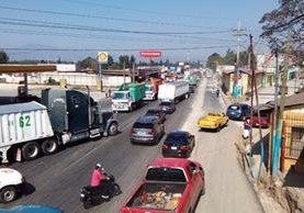 Así lucía la carretera en Chimaltenango en horas de la mañana (Foto Prensa Libre: Víctor Chamalé)