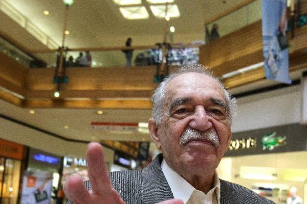 García Márquez saludó a la prensa mexicana.