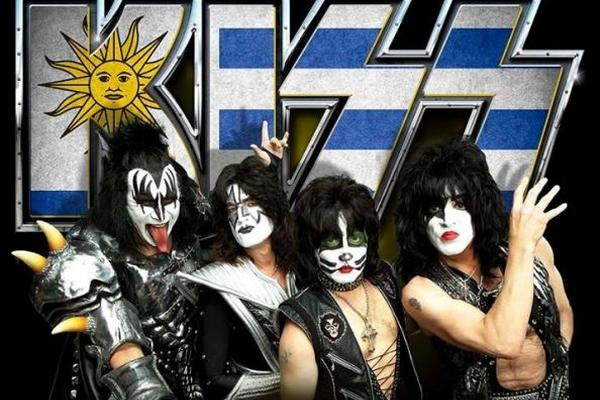 La mítica agrupación de Rock realiza gira de aniversario. (Foto Prensa Libre: Tomada de facebook.com/KISS)