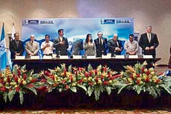 Brasil  compartirá con Guatemala experiencia en el manejo de cuencas hidrícas. (foto Prensa Libre: Rosa María Bolaños)