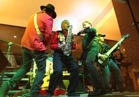El grupo guatemalteco ofreció concierto acústico en el Museo Ixchel.