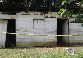 La fachada de la vivienda incendiada fue la púnica área que soportó el fuego. (Foto Prensa Libre: Whitmer Barrera)