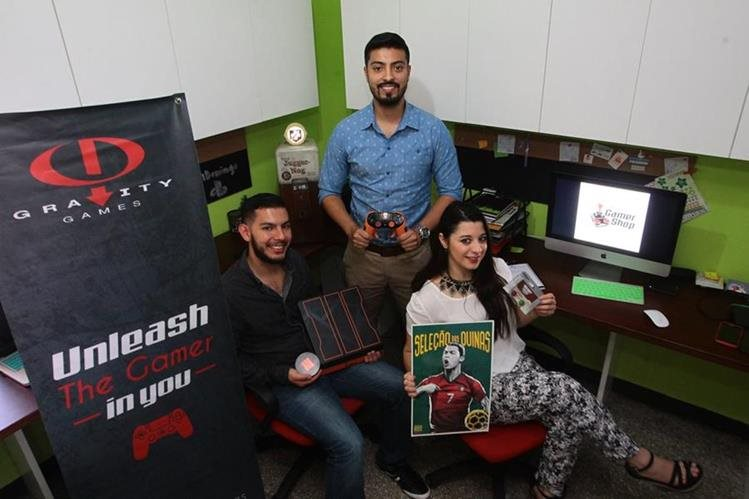 Gravity games y Gamer Shop son empresas creadas y dirigidas por Marla Eguizábal, Ricardo Solares y Pablo Barrientos.