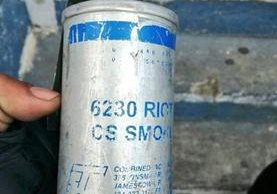 Bomba de gas que se le incautó a Cristian Otoniel Pop Estrada, Cabro. (Foto Prensa Libre: Cortesía PNC)