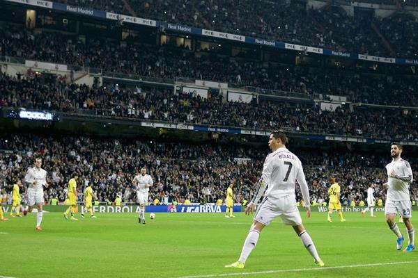 En la cifra de goles en todos los torneos, Cristiano está a 16 de alcanzar a Di Stéfano y 32 a Raúl. (Foto Prensa Libre: AFP)