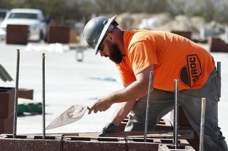 El plan proteccionista de Trump también afecta a empleos de la construcción. (EFE)