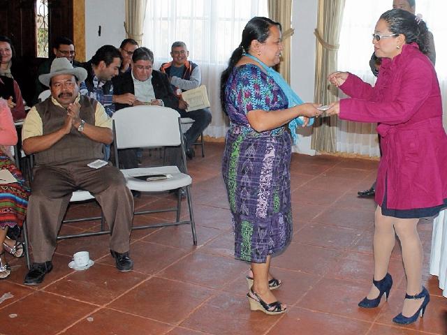 Entrega del informe de Encovi en Quiché. (Foto Prensa Libre: Óscar Figueroa)