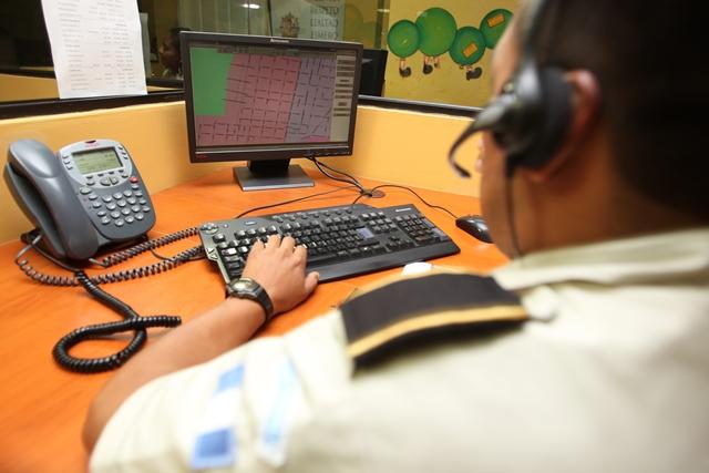 El 90 por ciento de las llamadas a cuerpos de socorro y policía son falsas. (Foto Prensa Libre: Hemeroteca PL)