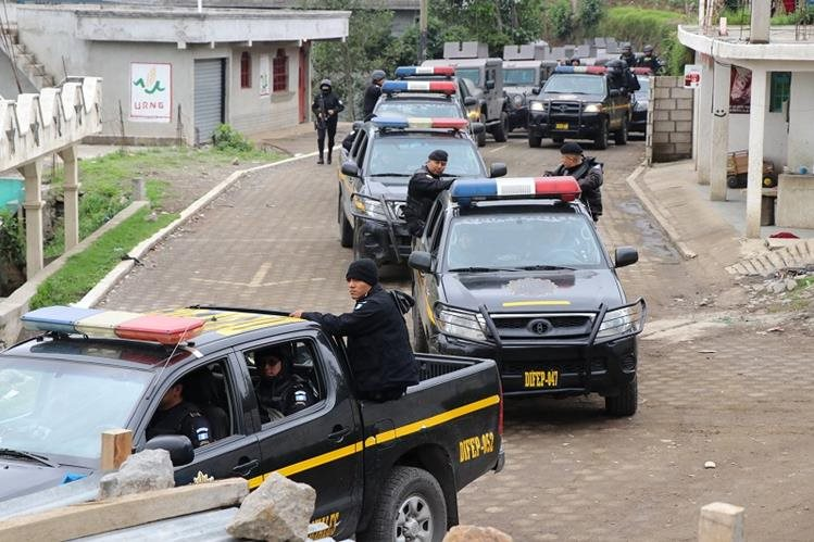 Las autoridades suspenden operativos en Tajumulco, San Marcos, debido a ataque de pobladores. (Foto Prensa Libre: Whitmer Barrera)