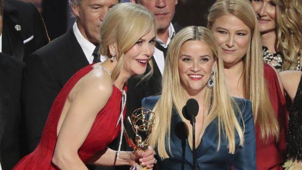 Nicole Kidman y Reese Witherspoon no sólo coprotagonizaron la miniserie Big Little Lies, también la produjeron juntas. REUTERS