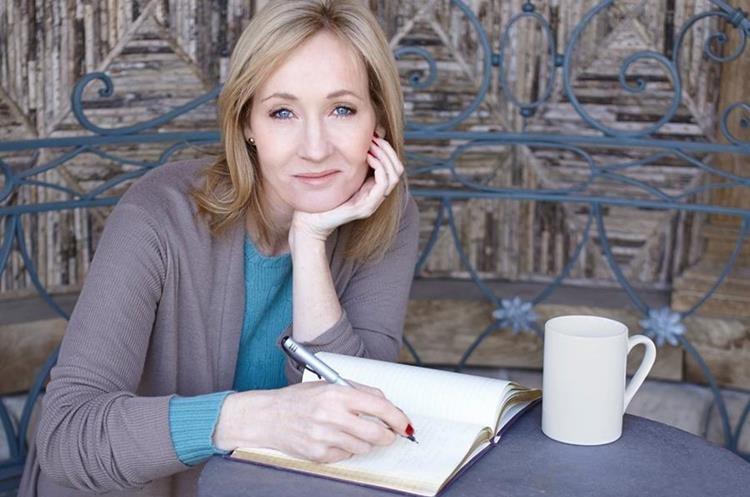 J. K. Rowling nació el 31 de julio de 1965 en Yate, Reino Unido. (Foto Prensa Libre: denofgeek.com).