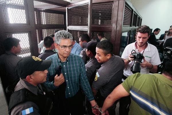 Cicig, la Contraloria y la SAT buscan ser querellantes en el proceso penal contra  la red La Línea que defraudó al Estado. (Foto Prensa Libre: Hemeroteca PL).