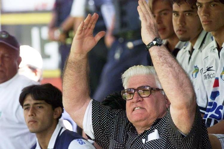 Carlos Miloc vivirá por siempre en la mente de cada aficionado y jugador crema. (Foto Prensa Libre: Hemeroteca)