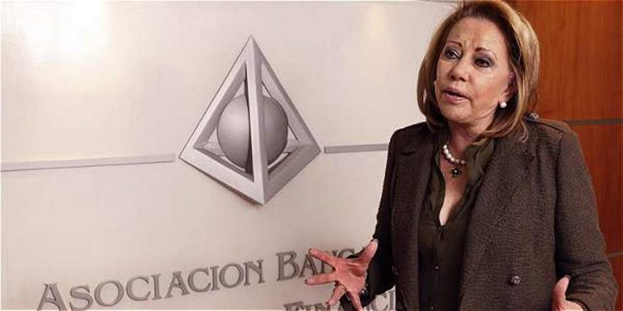 La presidenta de Felaban, María Mercedes Cuéllar, lamentó que en la región exista menor competitividad. (Foto Prensa Libre: eltiempo.com)
