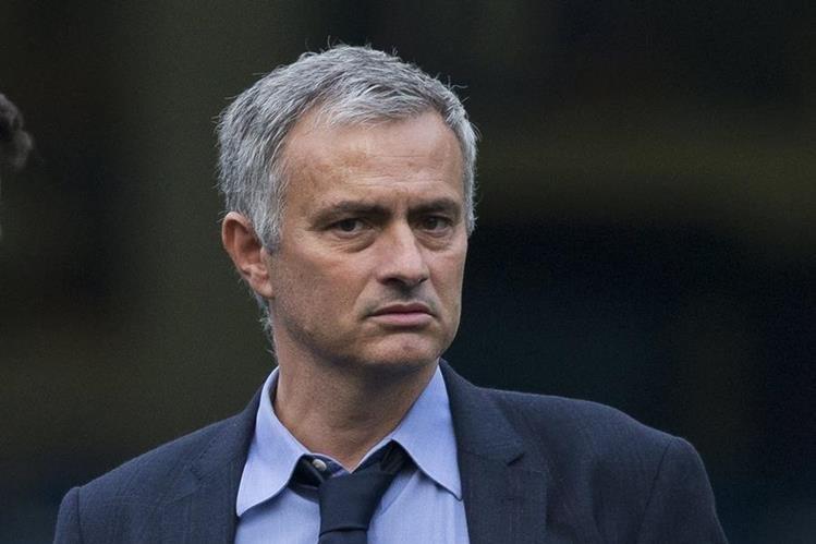 José Mourinho tiene una prueba de fuego ante el Dynamo de Kiev en la Champions League. (Foto Prensa Libre: AP)
