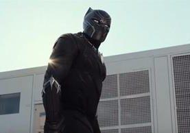 El personaje de Pantera Negra tendrá su propia película, que se estrenará en el 2018. (Foto Prensa Libre: YouTube)