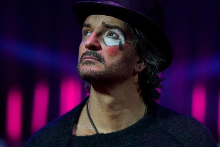 Ajona realizará gira por Europa con el álbum Circo soledad. (Foto Prensa Libre: Metamorfosis)