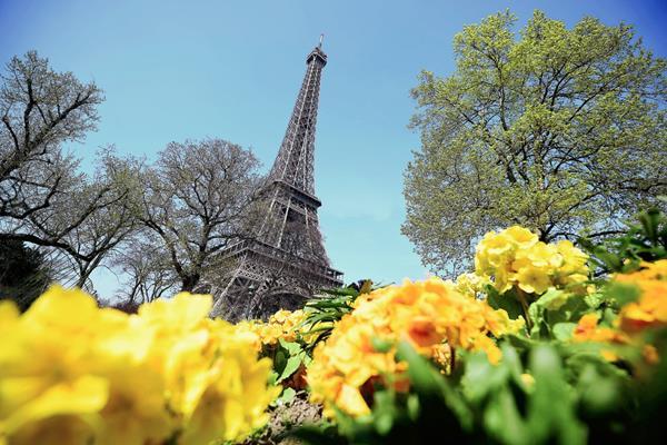 La Torre Eiffel Tower, munumento enblemático de París. (Foto Prensa Libre:AFP).