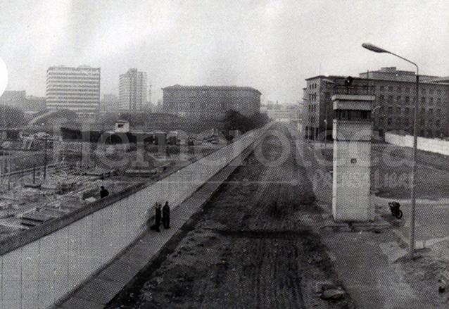Durante 28 años la cortina de hierro fue el símbolo de la guerra fría. (Foto: Hemeroteca PL)