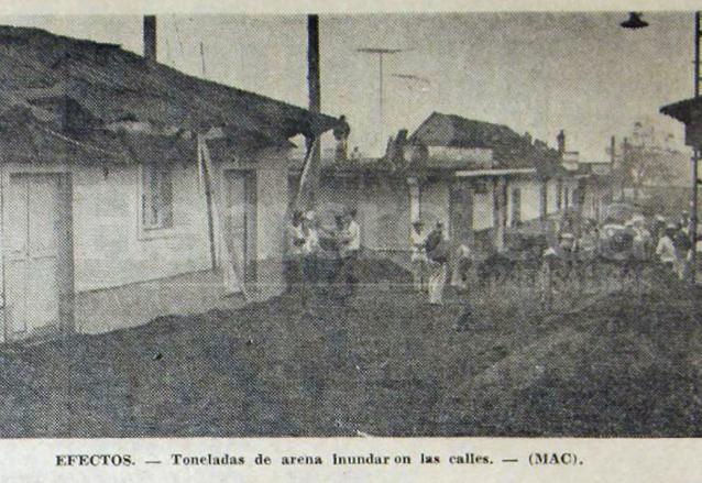 Así amaneció la ciudad de San Pedro Yepocapa la mañana del 16 de septiembre de 1971, cubierta de una gruesa capa de arena arrojada del volcán de Fuego. (Foto: Hemeroteca PL)