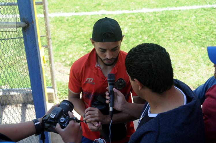 Edi Danilo Guerra se proyecta como uno de los futuros goleadores de Municipal. (Foto Prensa Libre: Edwin Fajardo)