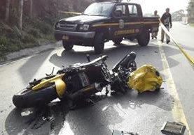 Motocicleta involucrada en el accidente de tránsito en el bulevar El Frutal, Villa Nueva. (Foto Prensa Libre: Cortesía)