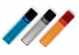 El Chromebit CS10 es la apuesta de Google para competir en el creciente mercado de computadoras de bolsillo. El gadget se conecta a teclado y mouse vía bluetooth. (Foto Prensa Libre: Tomada de Google).