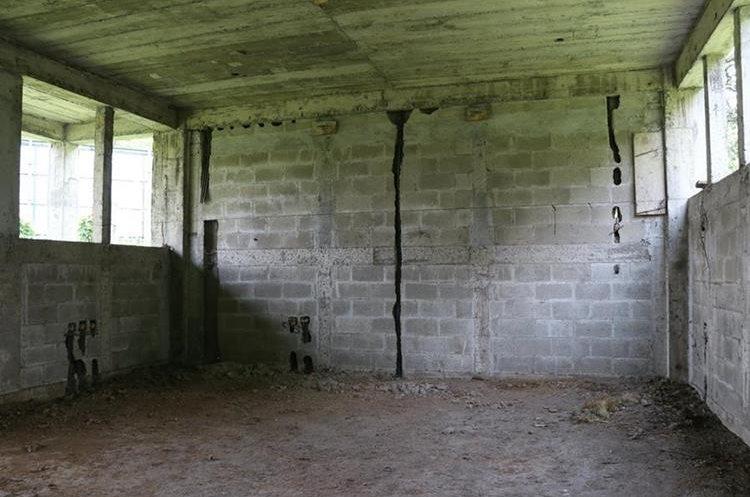 El proyecto contaría con seis aulas. (Foto Prensa Libre: Enrique Paredes)