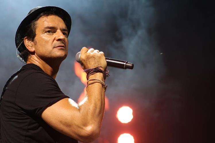 Ricardo Arjona durante uno de sus conciertos. (Foto Prensa Libre: www.arjoneando.com)