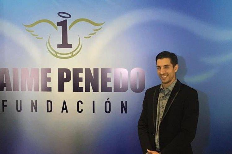 Jaime Penedo presentó su fundación a beneficio del desarrollo social de la niñez en Panamá. (Foto Prensa Libre: Twitter)