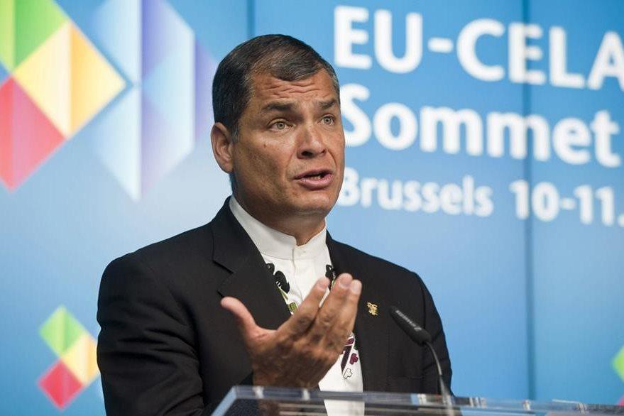 El presidente Rafael Correa, quien preside de manera temporal la Celac, calificó la reunión de positiva. (Foto Prensa Libre: EFE).