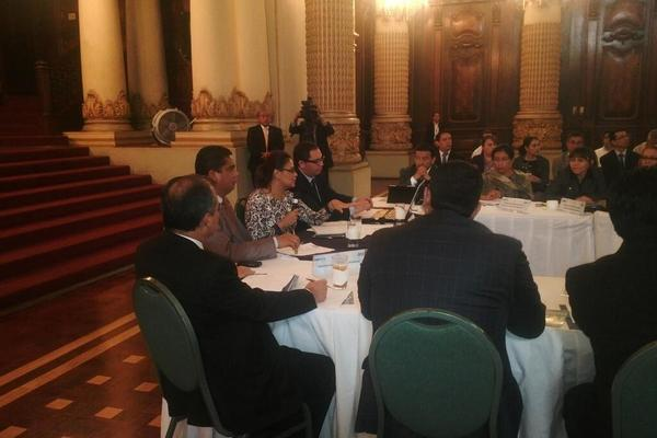<p>Baldetti reaparece en reunión del Conasan. (Foto Prensa Libre: Vicepresidencia)</p>