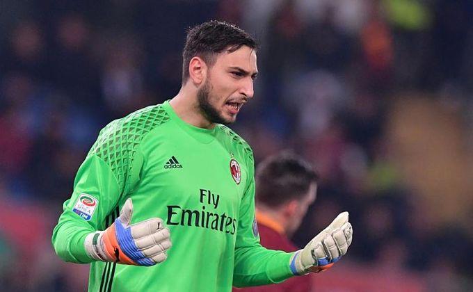 El juvenil portero Gianluigi Donnarumma se negó recientemente a renovar contrato con el Milan. (Foto Prensa Libre).