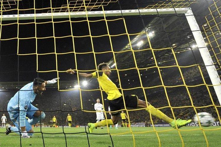 Keylor no pudo evitar la anotación de Pierre-Emerick Aubameyang, que significó el empate 1-1 frente al Real Madrid. (Foto Prensa Libre: AP)