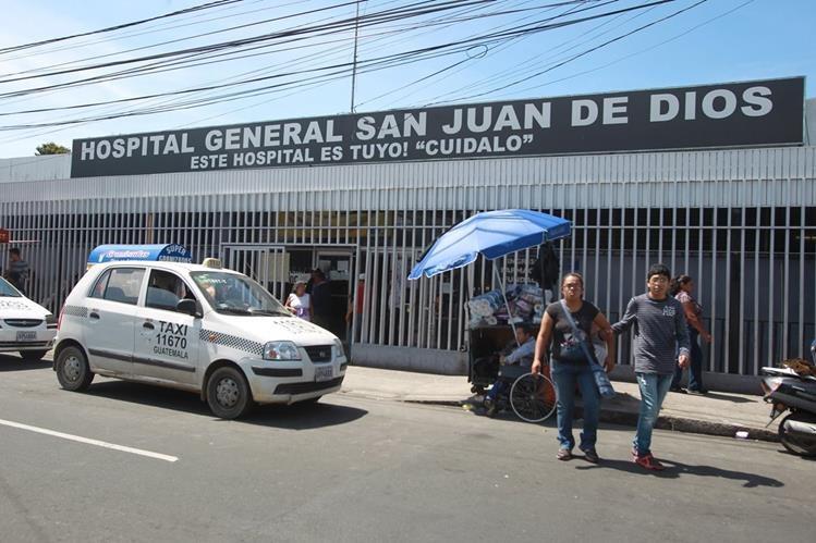 El hospital San Juan de Dios es uno de los dos más grandes del país. (Foto Prensa Libre: Hemeroteca PL)