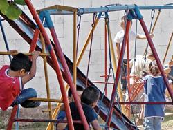El Centro de Atención Integral de Mazatenango empezó a funcionar hace 28 años, y se atienden niños de 8 meses a 6 años, mientras los padres trabajan. (Foto Prensa Libre: Cristian I. Soto)