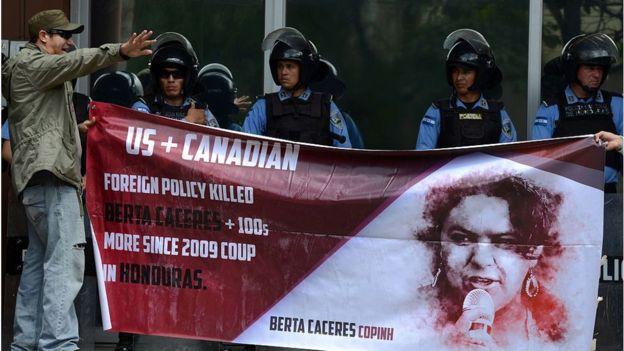 Los capitales multinacionales siguen teniendo mucho peso en la vida hondureña. AFP