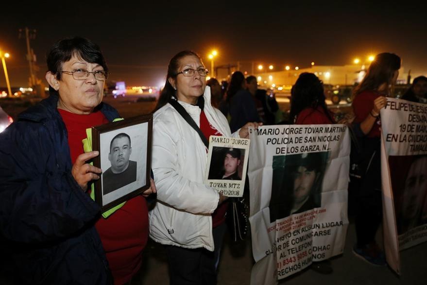 Las madres de las mujeres desaparecidas en Ciudad Juárez buscan consuelo en el papa Francisco. (Foto Prensa Libre: EFE).