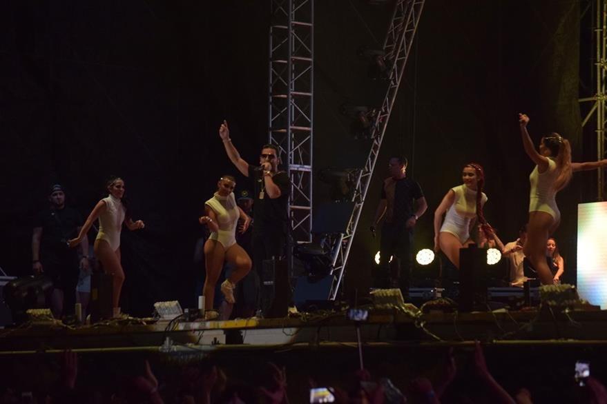 En el escenario se derrochó energía y talento. (Foto Prensa Libre: Enrique Paredes).