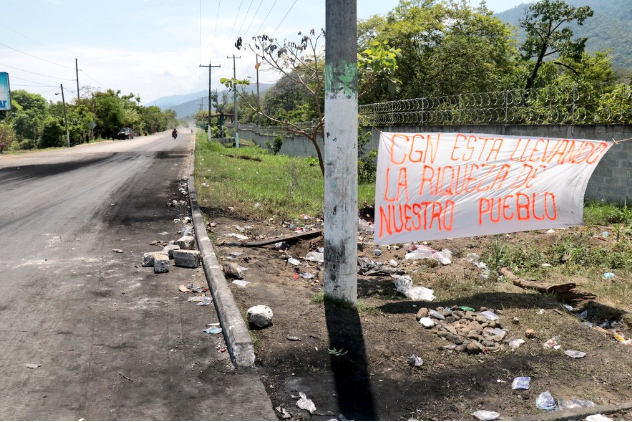 Los pescadores llevan 12 días de protesta.(Prensa Libre:Dony Stewart)