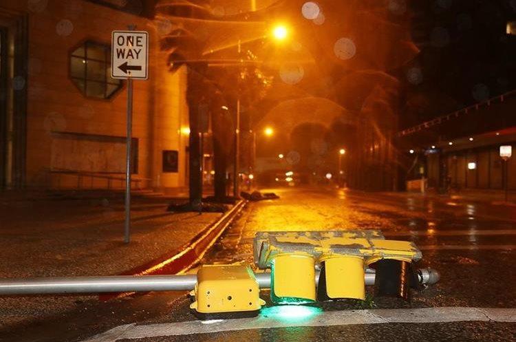 El huracán Harvey golpeó la costa de Texas mientras las autoridades evalúan los daños.(AFP).