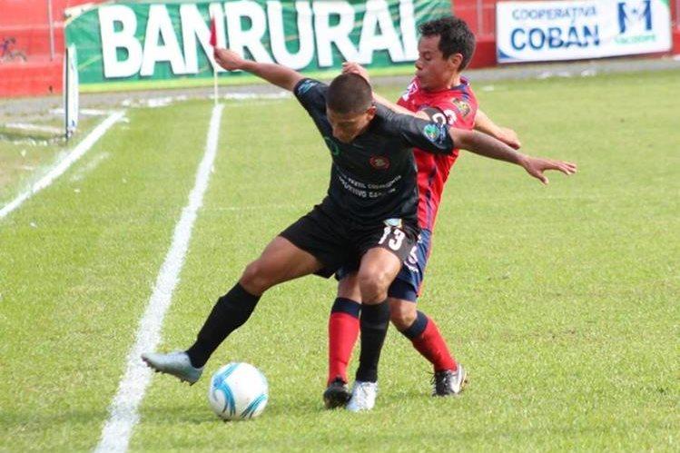Carchá y Xelajú cerraron la jornada 4 del Apertura 2016 con un tímido empate. (Foto Prensa Libre: Eduardo Sam)