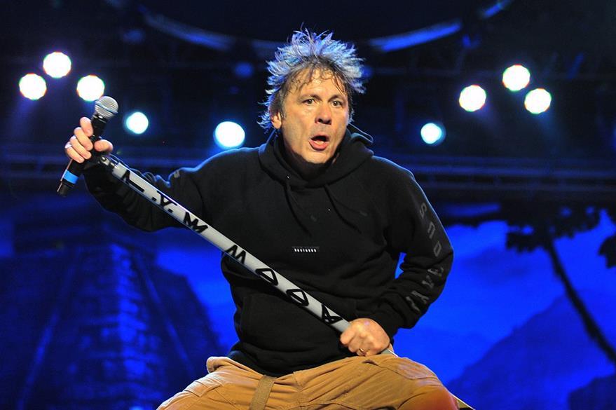 La banda británica Iron Maiden se presentó este viernes en Chile. (Foto Prensa Libre: EFE).