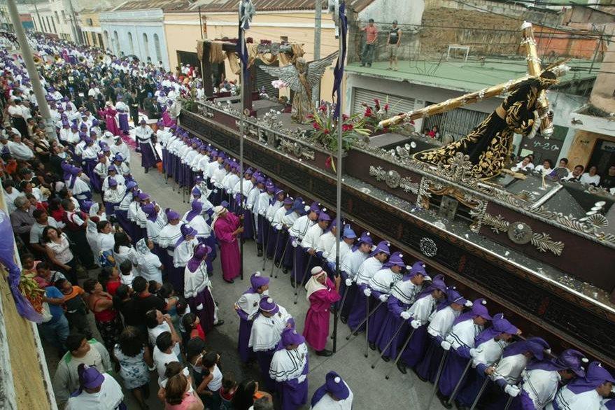 Nazareno de Candelaria, en su procesión de Jueves Santo. (Foto: Hemeroteca PL)