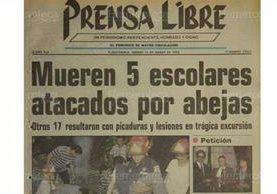Portada del 12/3/1993, Prensa Libre dio a conocer sobre el ataque de abejas asesinas a varios estudiantes del colegio Alejandro von Humboldt. (Foto: Hemeroteca PL)