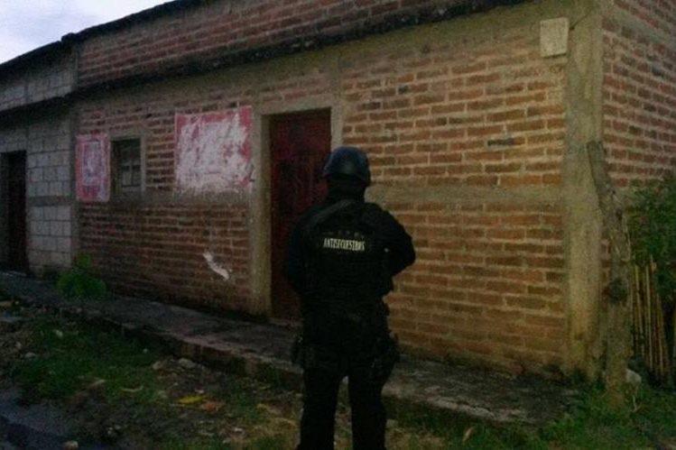 Una de las área allanadas por las autoridades en Jutiapa. (Foto Prensa Libre: PNC).