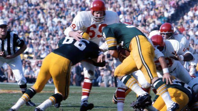 El primer campeonato fue entre los Kansas City Chiefs y los Green Bay Packers, el 15 de enero de 1967. (AP)