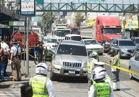 El ataque a los elementos de la PNC fue en la Calle Martí y 11 avenida, zona 6. (Foto: Prensa Libre Álvaro Interiano)