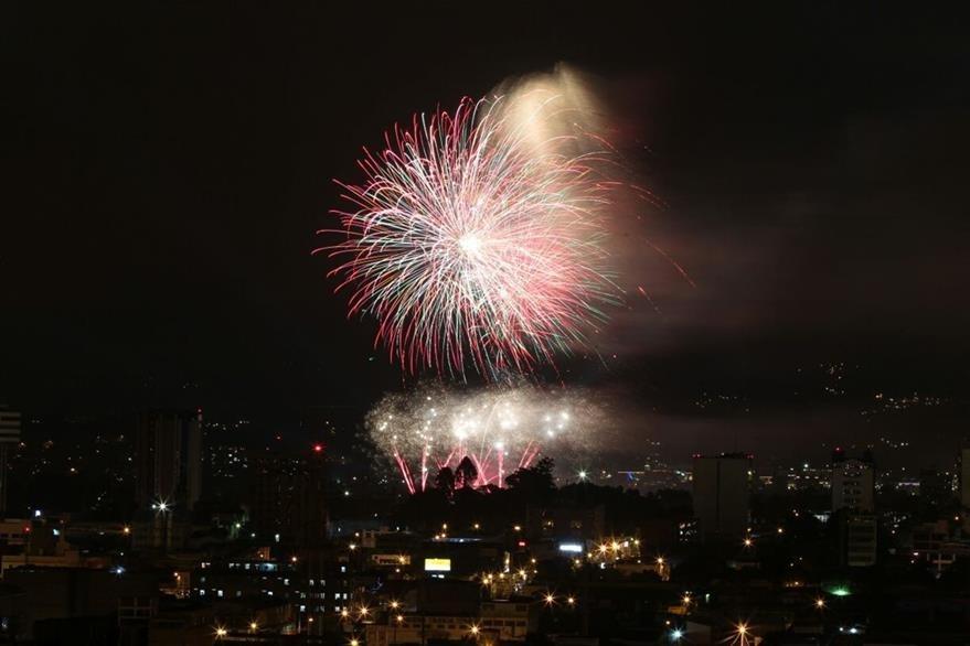 Las Luces Campero son antesala a las fiestas de Navidad. (Foto Prensa Libre: Álvaro Interiano)